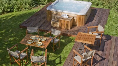 Outdoor hot tub and decking area