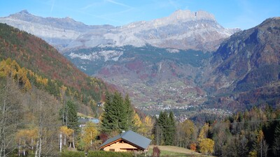 Autumn colours at Chalet Narnia