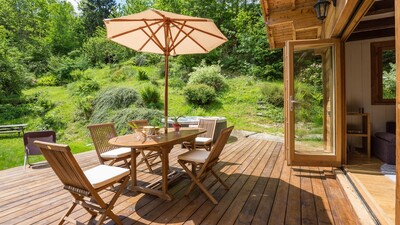 Decking area and outdoor dining